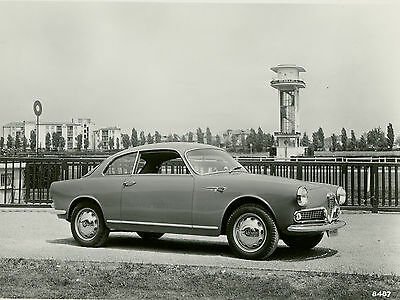 Alfa Romeo Giulietta Sprint  Original Press Photograph 1960