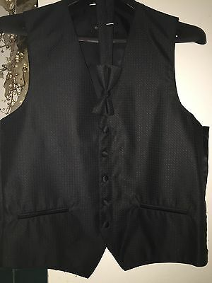 Neil Allyn Oasis Poly-fill Solid Vest and Matching Bow Tie  S in Black
