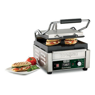 Waring WPG150T 9.75in x 9.25in Ribbed Sandwich Panini Grill w/ Timer 120v