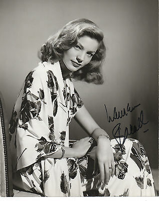 LAUREN BACALL HAND SIGNED AUTOGRAPHED 8x10 PHOTO
