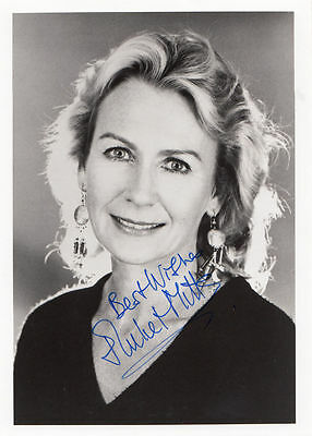 Juliet Mills Large 7x5 Undedicated Hand Signed Photo