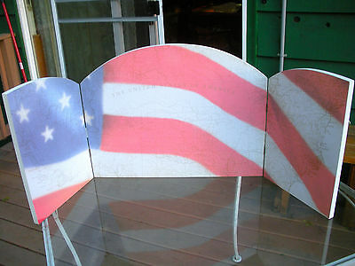 Dept. 56, Tri-Fold Display Screen - US Flag Over US MAP -Hinged W/Wall Hangings