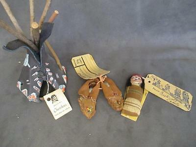 G9 Vintage Souvenir Mailers - Native American Indian Papoose Mocassins Teepee