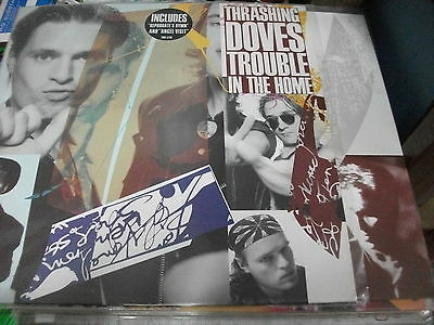 """THE Thrashing Doves – Trouble In The Home   ' LP """" MINT 1989 INSERT IN"""