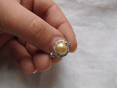 Pretty Vintage 1950s Sterling Silver Pearl RING   size M or N
