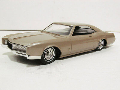 1966 Buick Riviera (Radio) Promo, graded 9 out of 10.  #19804