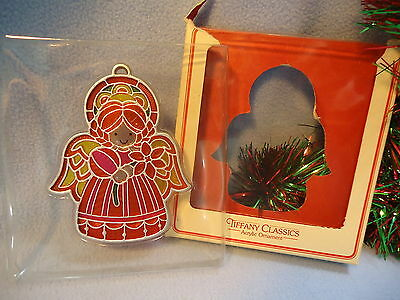 Vintage 1978 Hallmark Ornament TIFFANY CLASSICS * ANGEL * Stained Glass Look