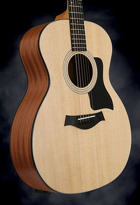 Taylor 114 Grand Auditorium - 6-string Acoustic Guitar w/Sitka Spruce Natural