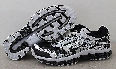 Preowned Excellent Boombah Youth Baseball Softball Plastic Cleats Black Size 4