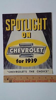 "1939 CHEVROLET - ""Spotlight on 1939""  - Part Color Folder Brochure - E - (CDN)"