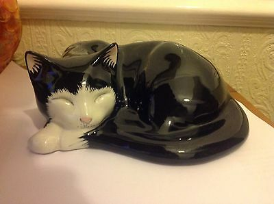 Just Cats Staffordshire Pottery Cat Black & White Sleeping