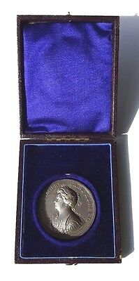 Cased Silver 1704 Queen Anne's Bounty Medallion 44mm  Eimer 404