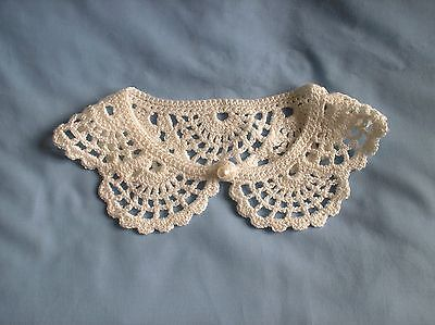 Collar Lace Retro 1950's Look Ivory Hand Crochet Detachable Pearl Button NEW