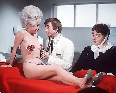 """Barbara Windsor Carry On Films 10"""" x 8"""" Photograph no 100"""