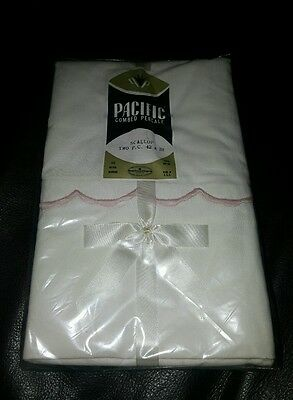 NEW Vintage Pair Pacific 100% Cotton Combed Percale Pillowcases Pink Scallop