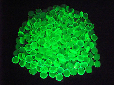 10 YELLOW VASELINE URANIUM GLASS LUCKY ROCK GEMS GLOWS          (( id129471))