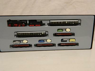 Marklin Z Gauge DB Class 38 4-6-0 Loco SYLT Auto Travel Train Box 81428