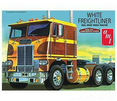 White Freightliner Dual Drive Cabover re-issue 1/25 scale skill 3 AMT model#620