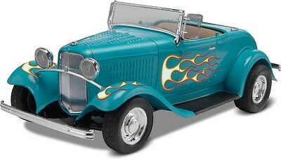 1932 Ford Street Rod skill 2 Revell 1/24 scale plastic model kit#0882