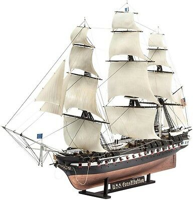 USS Constitution Old Ironsides 1/146 scale skill 5 Revell plastic model kit#5472