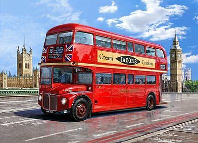 Routemaster London Bus 1/24 scale skill 5 Revell plastic model kit#7651
