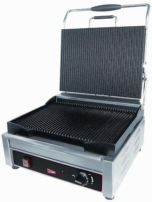 "GMCW SG1LG Commercial Single Panini Grill 14"" x 11"" Grooved Surface"