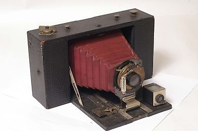 F61054~ Kodak No. 3 Folding Brownie Model D With Red Bellows – Nice Display