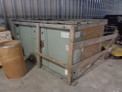 Trane 12.5 Ton Gas/Electric Rooftop HVAC Unit, NEW, w/ heat