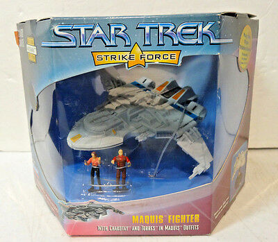 Star Trek Strike Force MAQUIS FIGHTER with CHAKOTAY & TORRES mini Figures 1997