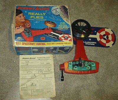 Johnny Astro Luna 3 Spacecraft Launching Station 1960's! Outerspace Topper Works