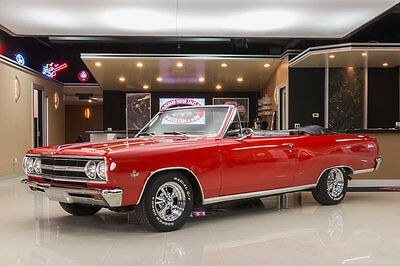 1965 Chevrolet Malibu  Frame Off Restored! GM 350ci Crate V8, 700R4 Automatic, PS, PB, Disc, Pwr Top!