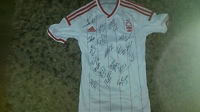 """Superb Notts Forest Away Shirt Signed By 19 - """"proof"""""""