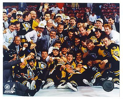 """PITTSBURGH PENGUINS STANLEY CUP CHAMPIONS NHL TEAM 8""""x10"""" LICENSED HOCKEY PHOTO"""