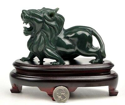 Natural Nephrite Jade Lion Statue / Gemstone Carving Sculpture