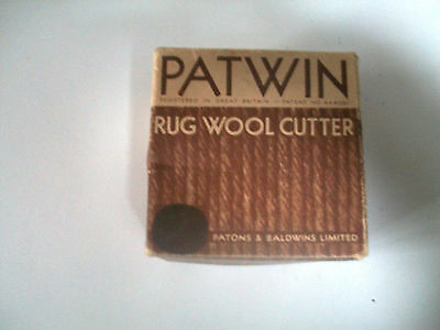 Vintage Boxed Bakelite Patwin Rug Wool Cutter Instructions Patons & Baldwin
