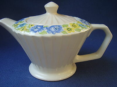 SADLER - TEA FOR TWO SIZE 1940s FLUTED TEAPOT- HAND DECORATED - BLUE ROSES - VGC