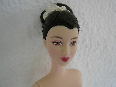 2003 Collector Edition princess of Japan Nude  Barbie Doll Of the world. Mattel