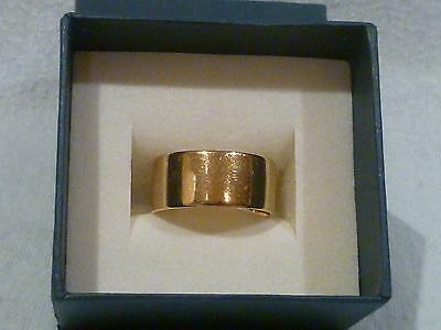 FULLY HALLMARKED 18ct GOLD WEDDING RING/BAND 9 mms WIDE 7.5 GRAMS