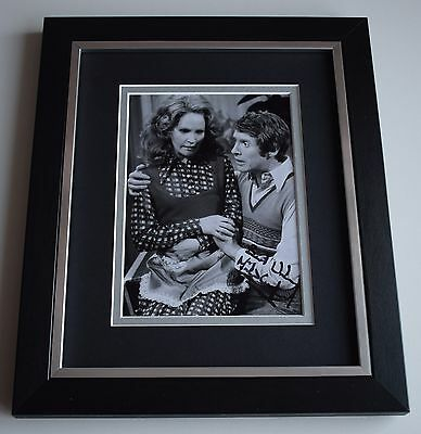 Michael Crawford SIGNED 10x8 FRAMED Photo Autograph Display TV Theatre AFTAL COA