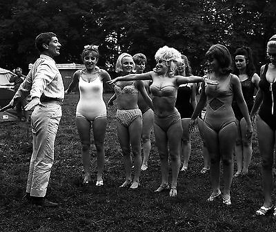 """Carry On Camping Barbara Windsor Film Still 10"""" x 8"""" Photograph no 7"""