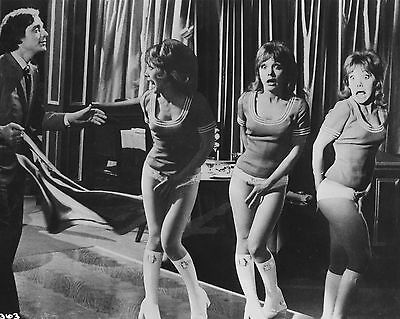 """Jacki Piper Carry On Films 10"""" x 8"""" Photograph no 14"""