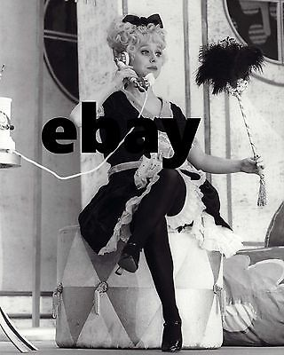 """Barbara Windsor Carry On Films 10"""" x 8"""" Photograph no 84"""