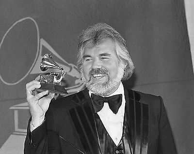 """Kenny Rogers 10"""" x 8"""" Photograph no 1"""