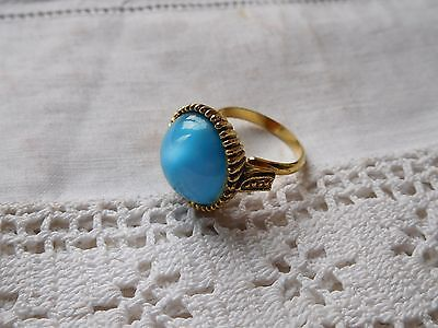 Fabulous Vintage 1960s Turquoise Blue Glass Cabochon RING