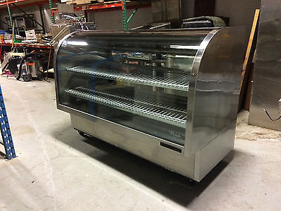 """""""True""""  TCGG-72 Refrigerated Deli Display Case; Stainless Steel, Curved Glass"""