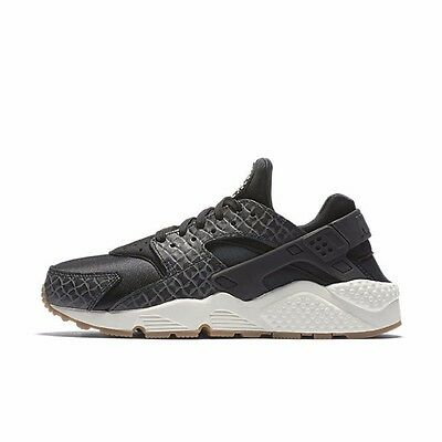 check out 64b7e b050f Nike Wmns Air Huarache Run PRM Premium Black Gum Roshe 683818-011 Womens  6.5-