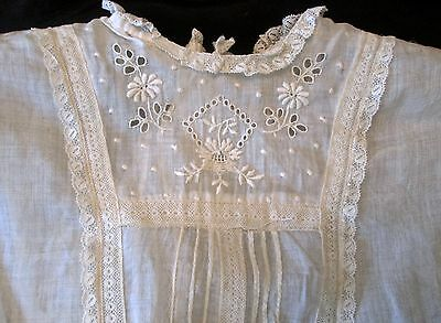 lovely antique girl's dress 1910-20s ivory cotton batiste w dropped waist, lace