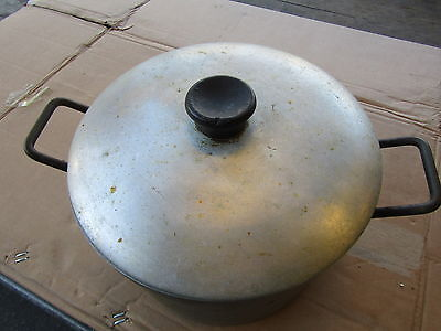 Aluminium Twin Handled Stock Pot In Solid Condition. Five Litres Capacity