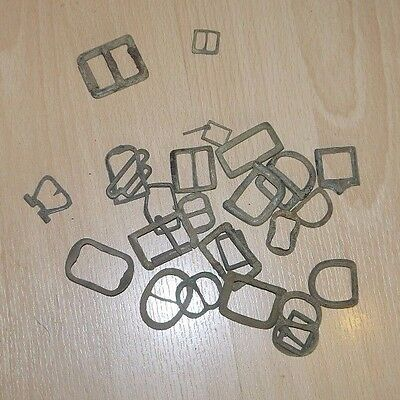 25 Ancient Buckles From The 16th / 17th Century Metal Detector Finds