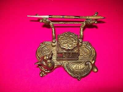 Vintage ornate Inkwell with 1904 St.Louis Worlds fair Ink Pin